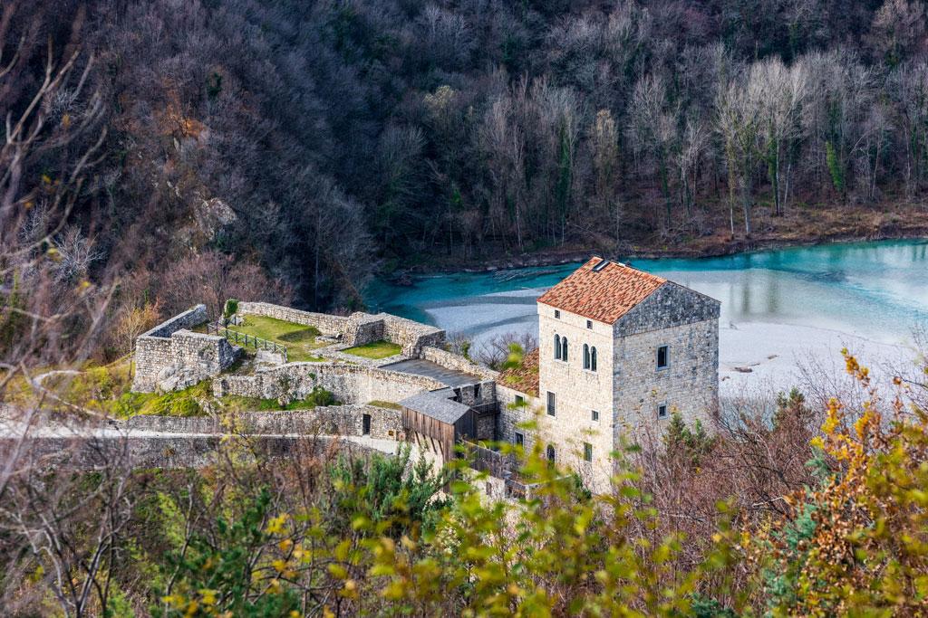 Slide Castello di San Pietro di Ragogna