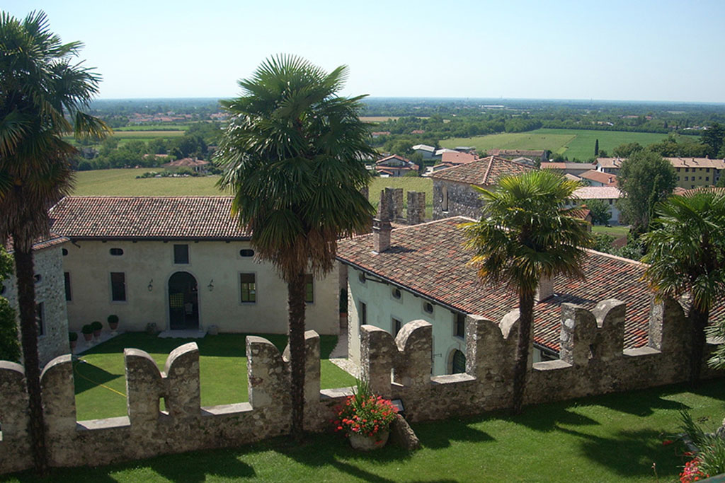 Slide Villalta Castle